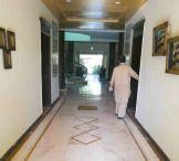 Gästehaus Islamabad Mitarbeiter Ausschnitt